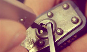 赤沙滘配汽车钥匙-开锁-修锁-配遥控器电话